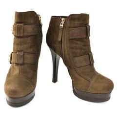 FENDI: Brown, Leather Platform Logo Heels/Ankle Boots Sz: 7M