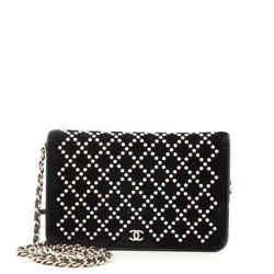 Wallet on Chain Pearl Embellished Velvet