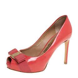 Salvatore Ferragamo Peachy Pink Patent Leather Sissi Bow Peep Toe Pumps Size