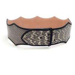 AlaIa Black / White Inverted Scallop Waist Belt