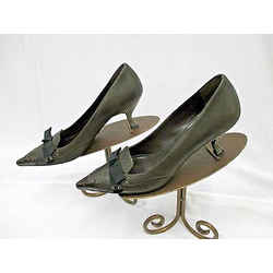 Prada Brown Leather Pumps W/silver Metal Heel & Embossed Cap Toe & Bow - Size 38