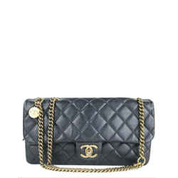 Chanel Fonce Charm Quilted Lambskin Quilted Jumbo Flap 2ccdg81017