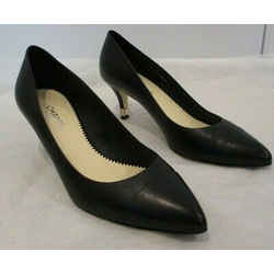 "Chanel Black Leather Pointy Cap Toe Pumps W/ Gold ""cc"" & Pearl On Heel  - 38.5"