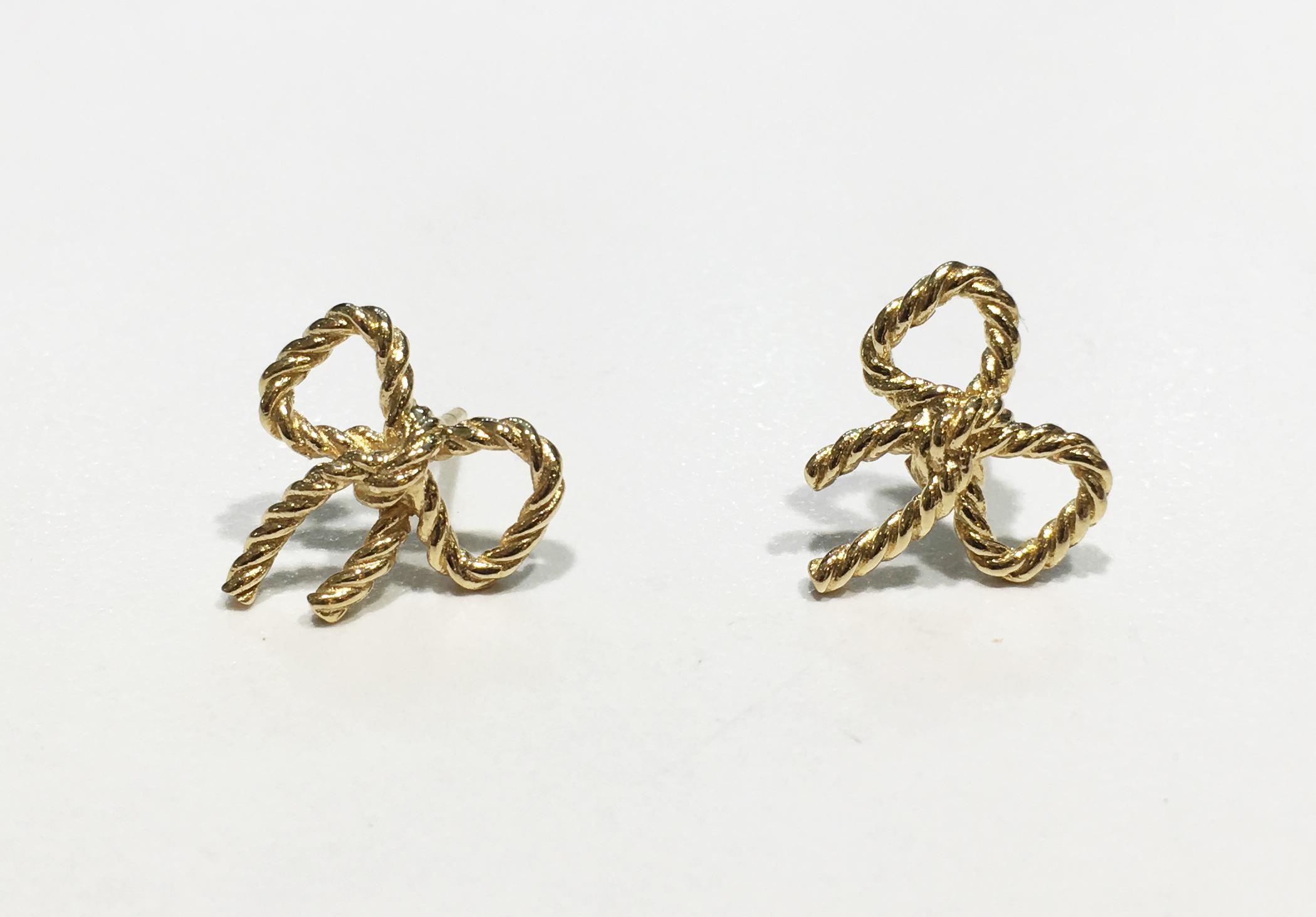 Dainty Stud Earrings Angela Bloody Mary Tortoise Earrings Tortoise Shell Stud Earrings Minimalist Stud Earrings Tortoise Shell Earrings