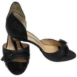 Manolo Blahnik Black Raffia with Patent Leather Trim Pumps Size: EU 39 (Approx. US 9) Regular (M, B) Item #: 25813984