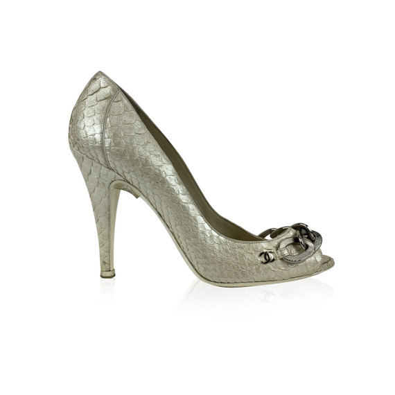 Chanel White Metallic Leather Chain Link Open Toe Pumps Size 38 C