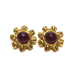 Vintage Chanel Gilt Metal Red Gripoix Flower Clip-on Earrings