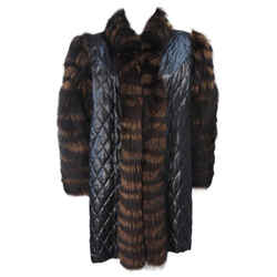 YVES SAINT LAURENT  Fox Fur Coat w/ Sheared Beaver Lining Size 6-8