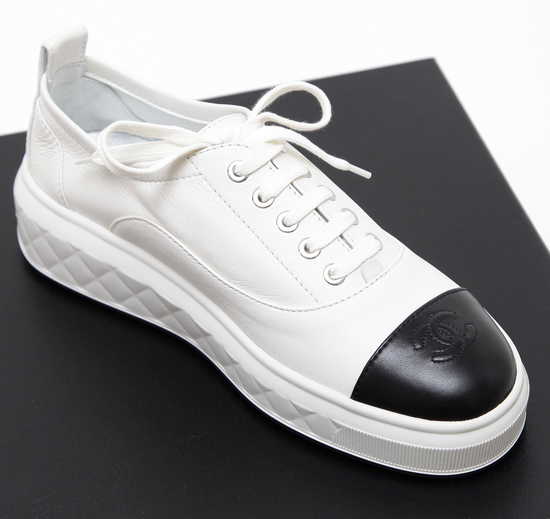 CHANEL Sneaker White Leather Platform