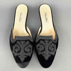 Oscar De La Renta Size 10 Black Emboidered Velvet  Mule Flats