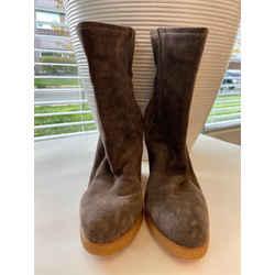 Stuart Weitzman Size 8.5 Ankle Boots
