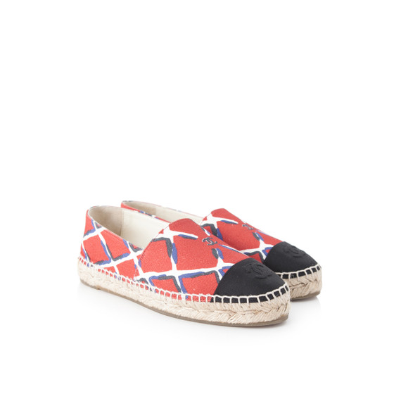 Pre-Owned Chanel Coco Beach Espadrilles