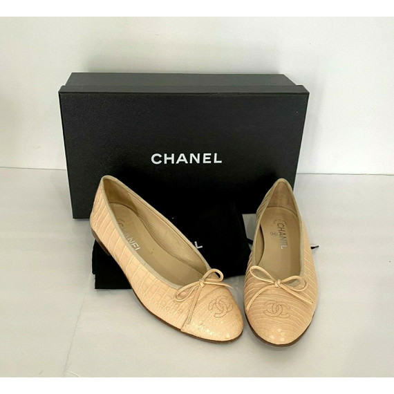 "$7150 Chanel Genuine Alligator Leather Beige Ballerina Flats ""cc"" Shoes 38.5 8.5"
