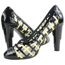 Chanel Size 40 Black CC Logo Woven Pumps 529cas610