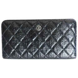 Chanel Black & White Zip Around Quilted Leather Wallet