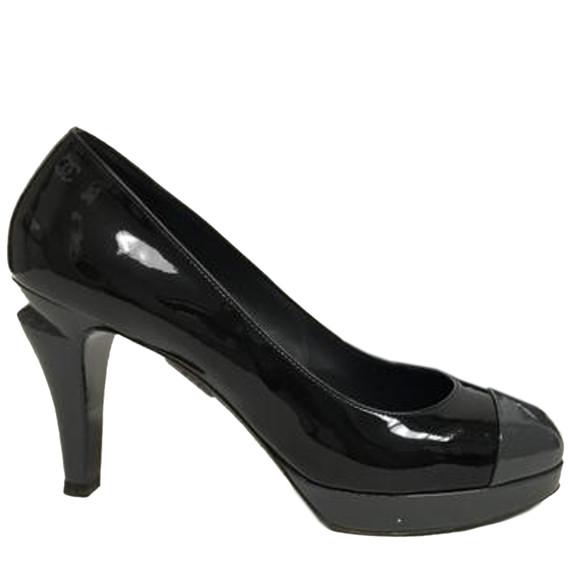 Chanel Black Patent With Grey Toe Cap Pumps Size: Eu 40 (approx. Us 10) Regular (m, B) Item #: 24506460