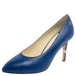 Chanel Blue Leather  Interlocking CC Logo Pumps Size 39.5