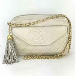 Chanel Quilted Lambskin Leather Tassel White Vintage Camera Bag  Medium B192