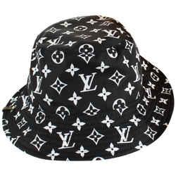 Louis Vuitton Ultra Rare Black White Reveresible Bob Fisherman Hat Bucket 21LVS1210