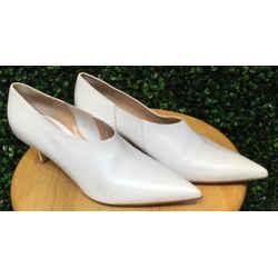 Gianvito Rossi Size 39/9 White Heels