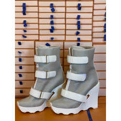 Louis Vuitton Extreme Wedge Runway Platform Fetish Shearing Winter Boots Limited Edition Euro size 40