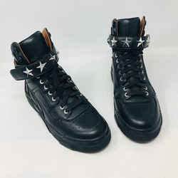 Givenchy 38 Black Leather High Top Rock Stud Sneakers 2400-524-1220