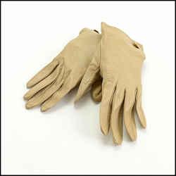 Rdc10686 Authentic Chanel Beige Vintage Leather Gloves