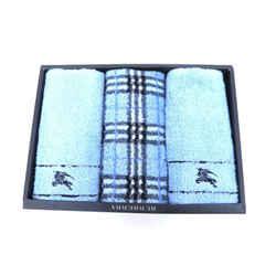Burberry      Burberry Towel Set 225033