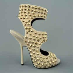 Giuseppe Zanotti Size 9 Beige Gold Spike Studded Suede Sandals