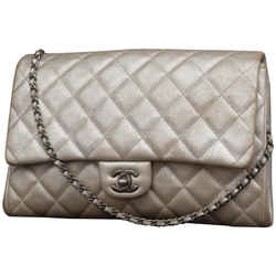 Chanel Silver Quilted Leather Jumbo Classic Flap  Chain Clutch 858197