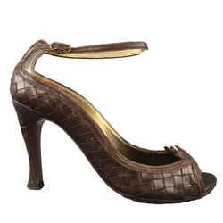 Bottega Veneta Size 6.5 Brown Woven Intrecciato Leather Peep Toe Pumps