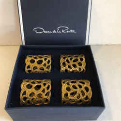 Oscar de la Renta Gold Set of 4 Gardenia Brass Napkin Rings 2.5x2