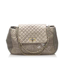 Vintage Authentic Chanel Gray Calf Leather Matelasse Reissue Shoulder Bag Italy