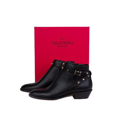 Valentino black rockstud ankle boot