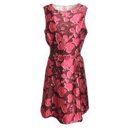 Oscar de la Renta Raspberry Sleeveless Silk Formal Dress