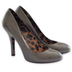NEW $812 DOLCE&GABBANA Leopard-Sole Leather Pumps -Grey - Size 39