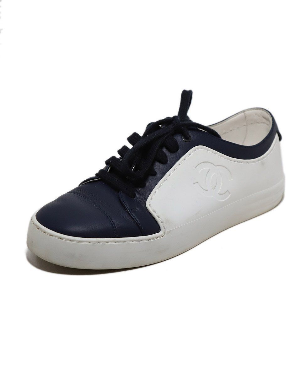 Chanel White And Navy Lace Up Leather