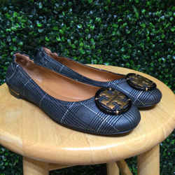 Tory Burch Size 7 Black & Pewter Flats