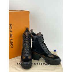 Louis Vuitton Laureate Platform Desert Boots in Black Size38 USA8 A607 New1A4XXT