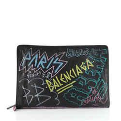 Graffiti Bazar Pouch Leather