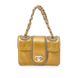 Pre-Owned Chanel Small Madison Shoulder Bag