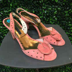 Marc Jacobs Size 7.5 Coral Heels