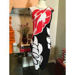 Escada Size S Red & Black Floral Knit Sheath Dress 1713-20-121719