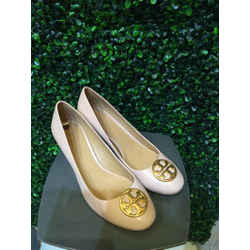 Tory Burch Size 10 Nude pink Wedges