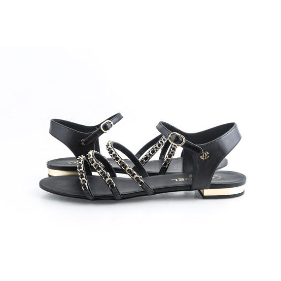 Black 18p Lambskin Gold Logo Classic Chain Flats Sandals