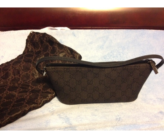 **FINAL PRICE REDUCTION**Gucci Black Denim Pochette