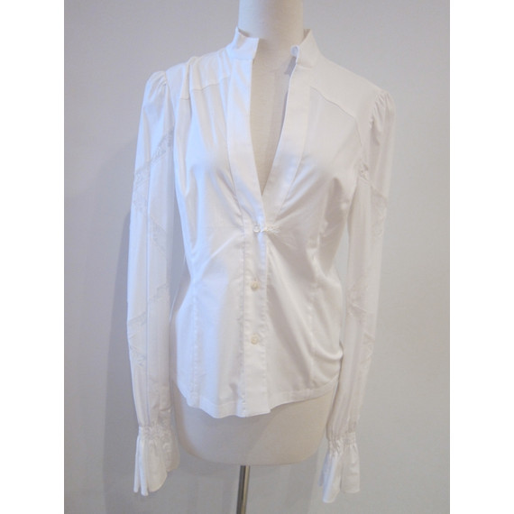 New With Tags! White Valentino Lace Button Down Top Size 46/Medium (Item no. 6558)
