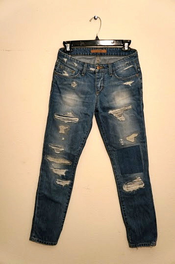 Straight Leg Destroyed Ankle Jeans