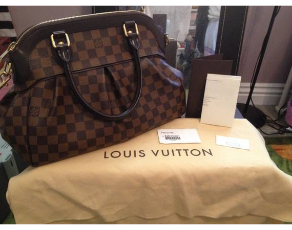 Authentic like new Louis Vuitton Trevi PM