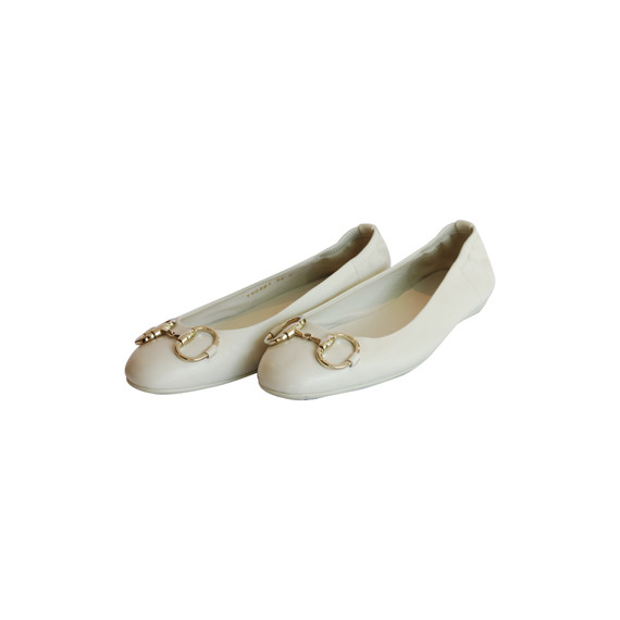 Gucci White Round toe Leather Flats